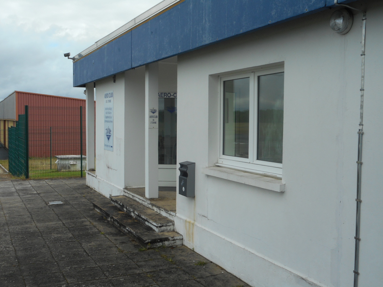 Location a roport d 39 auxerre edeis immobilier for Site immobilier location